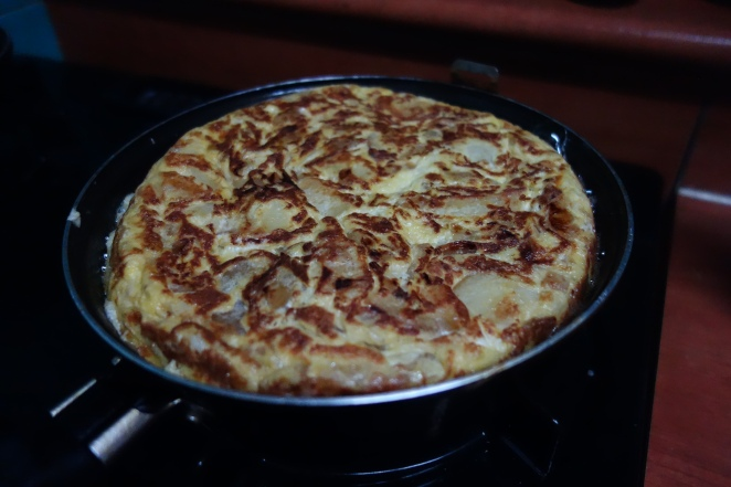 Omelette cooking