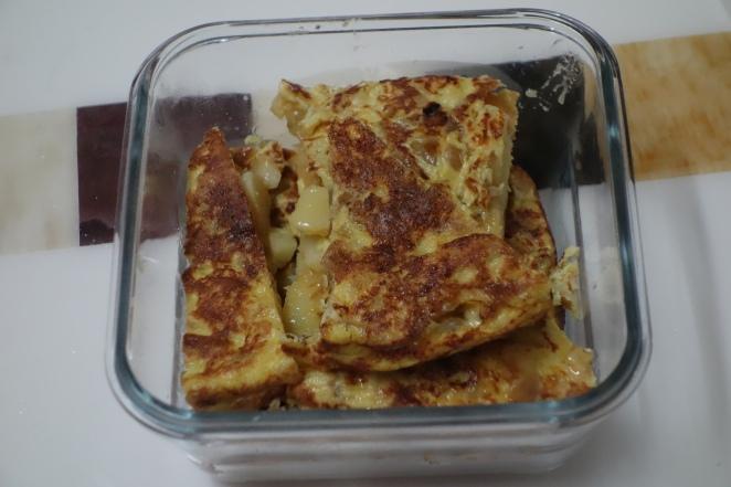 Tupperware omelette