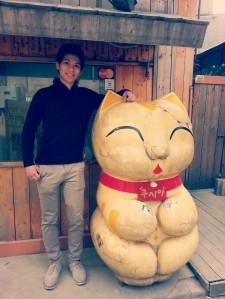 cat_victor_lightcross