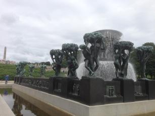 02. Vigeland fuente esculturas